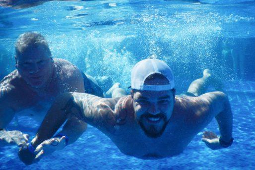 esler-life-at-esler-SwimmingUnderWater